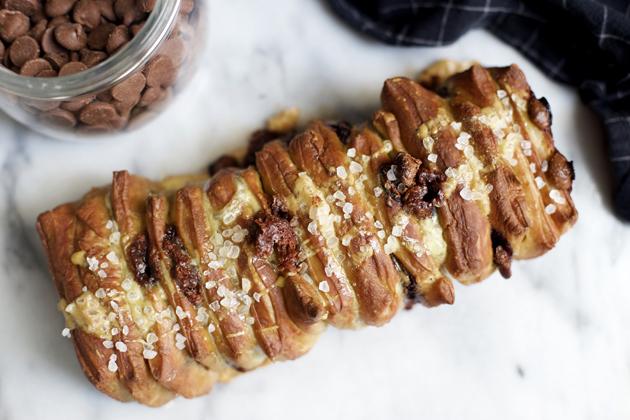 KitchenAid's Soft Pretzel Chocolate Chip Pull Apart Bread